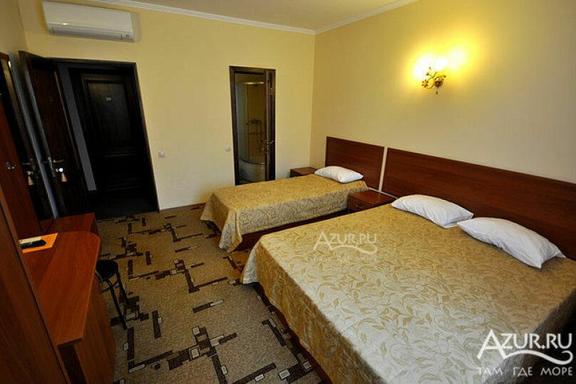 Гостиница 1028255, Советская улица, 33А на 20 комнат - Фотография 9