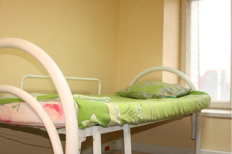 Кровать в общем 8-местном номере для женщин, деревня Дубровки, Аэропортовская улица, с7, Москва - Фотография 1