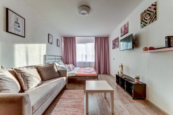 1-комн. квартира, 34 кв.м. на 4 человека, улица Зины Портновой, 23к1, Санкт-Петербург - Фотография 1