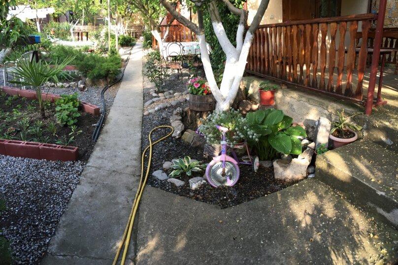 Трехкомнатный дом в саду на 5-7 человек со всеми удобствами., 58 кв.м. на 7 человек, 2 спальни, Мартынова, 31, Морское - Фотография 13