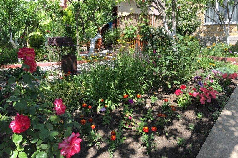 Трехкомнатный дом в саду на 5-7 человек со всеми удобствами., 58 кв.м. на 7 человек, 2 спальни, Мартынова, 31, Морское - Фотография 18