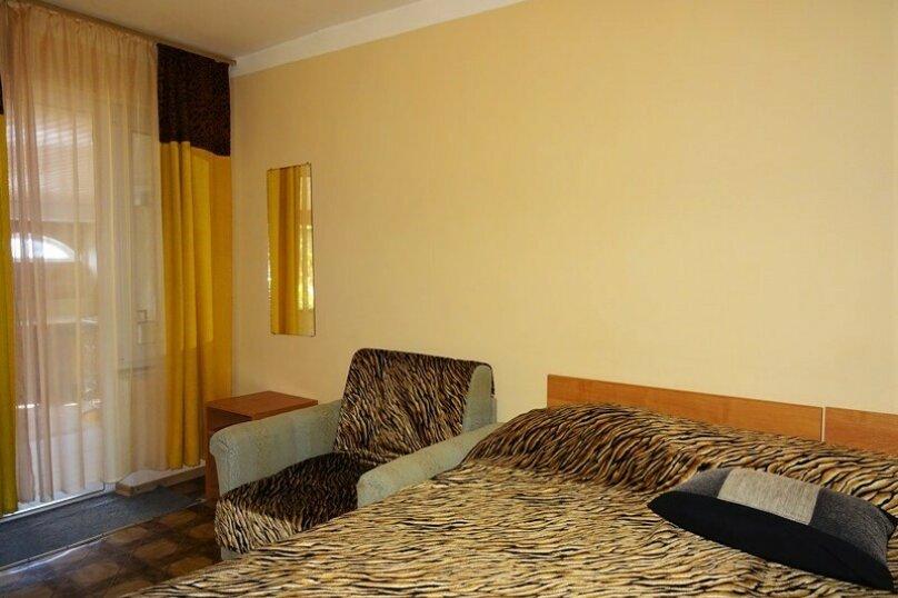 Комната № 6  двухместная, Почтовая, 32, Черноморское - Фотография 8