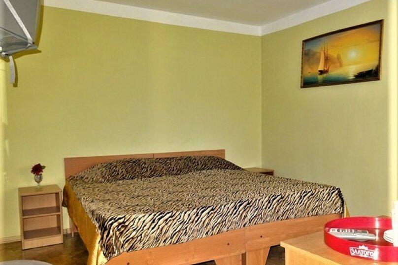 Комната   7 (двухместная)   , Почтовая, 32, Черноморское - Фотография 1