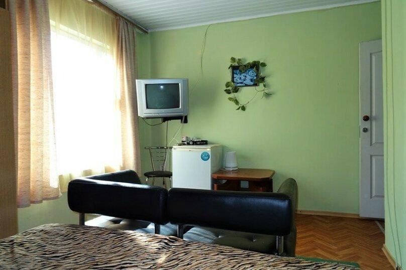 Комната  №10 трехместный + доп.место, Почтовая, 32, Черноморское - Фотография 10