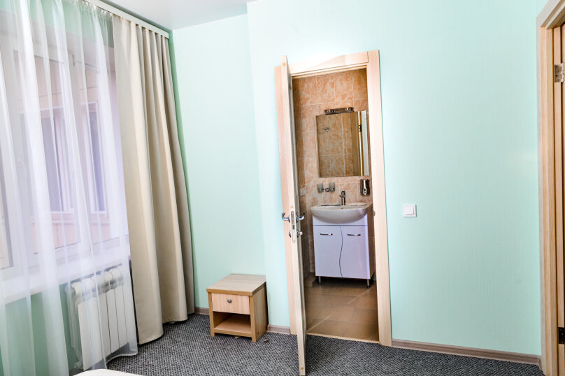 """Отель-хостел """"ПушкинЪ"""", улица Пушкина, 2 на 16 номеров - Фотография 15"""