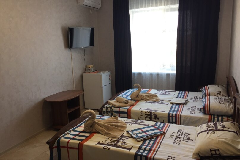 """Гостевой дом """"АРГО"""", Широкая улица, 2 на 18 комнат - Фотография 15"""