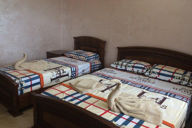 """Гостевой дом """"АРГО"""", Широкая улица, 2 на 18 комнат - Фотография 20"""