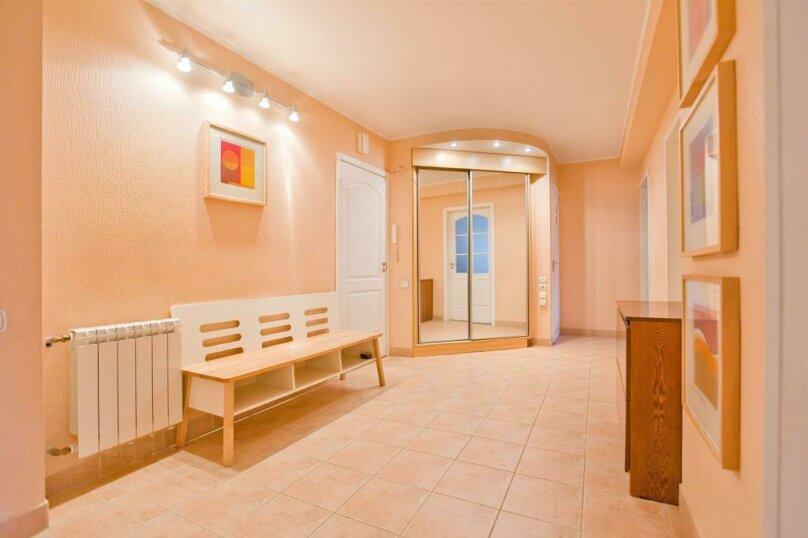 3-комн. квартира, 100 кв.м. на 11 человек, Стародеревенская улица, 33, Санкт-Петербург - Фотография 2