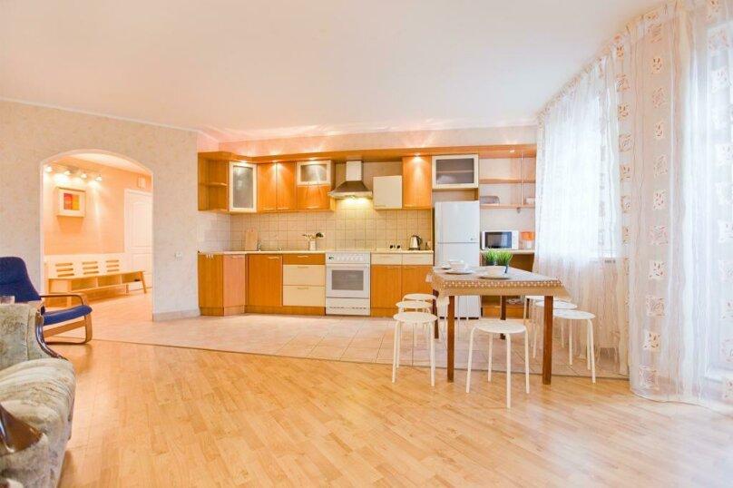3-комн. квартира, 100 кв.м. на 11 человек, Стародеревенская улица, 33, Санкт-Петербург - Фотография 7