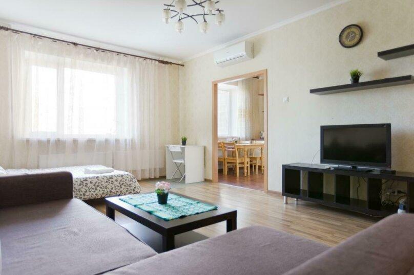 3-комн. квартира, 100 кв.м. на 12 человек, Коломяжский проспект, 26, Санкт-Петербург - Фотография 2