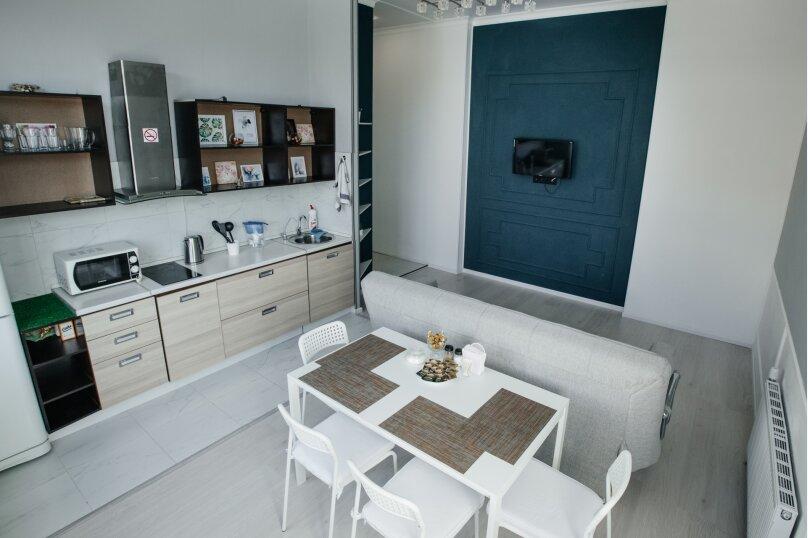 2-комн. квартира, 55 кв.м. на 4 человека, улица Павлюхина, 110Г, Казань - Фотография 6