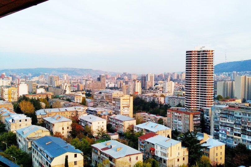 2-комн. квартира, 60 кв.м. на 4 человека, улица Шалва Нуцубидзе, 75А, Тбилиси - Фотография 18