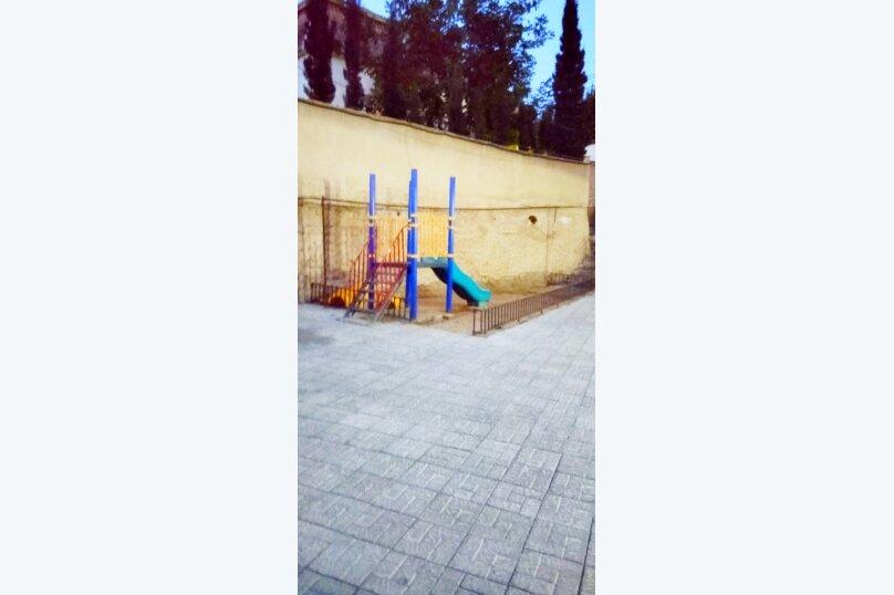 2-комн. квартира, 60 кв.м. на 4 человека, улица Шалва Нуцубидзе, 75А, Тбилиси - Фотография 20
