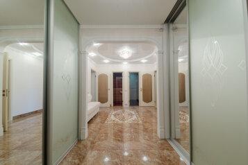 2-комн. квартира, 89 кв.м. на 6 человек, Лево-Булачная улица, 16, Казань - Фотография 1