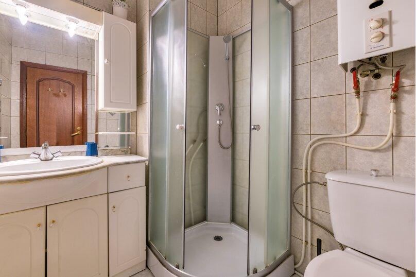 3-комн. квартира, 120 кв.м. на 8 человек, Невский проспект, 18, Санкт-Петербург - Фотография 34