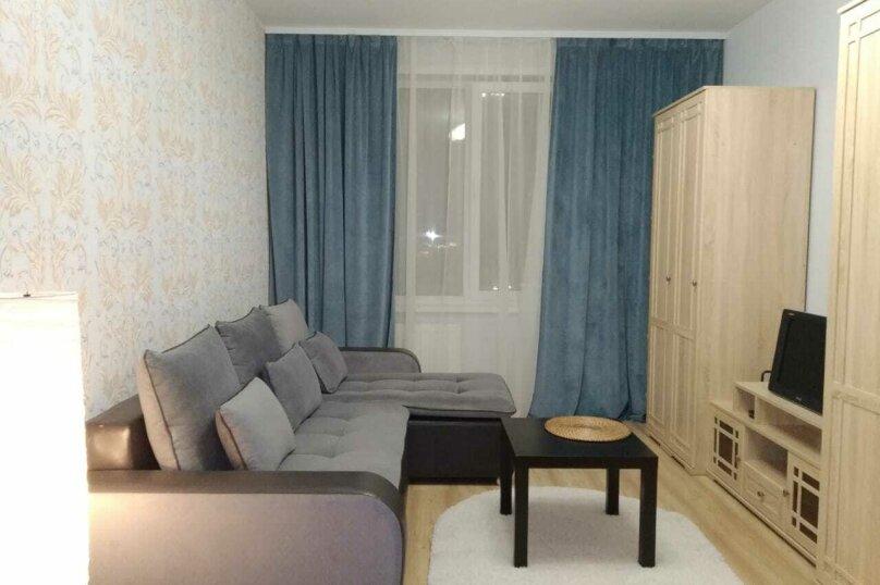 1-комн. квартира, 42 кв.м. на 4 человека, Подлесная улица, 43А, Пермь - Фотография 1