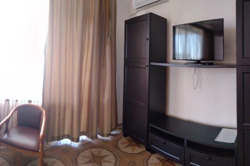 """Гостевой дом """"Сахалин"""", улица Толстого, 23 на 6 комнат - Фотография 49"""