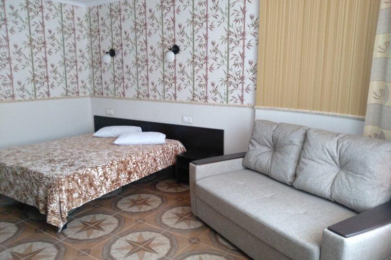 """Гостевой дом """"Сахалин"""", улица Толстого, 23 на 6 комнат - Фотография 55"""