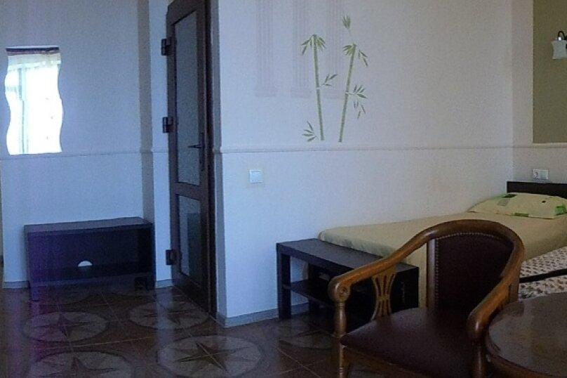"""Гостевой дом """"Сахалин"""", улица Толстого, 23 на 6 комнат - Фотография 67"""