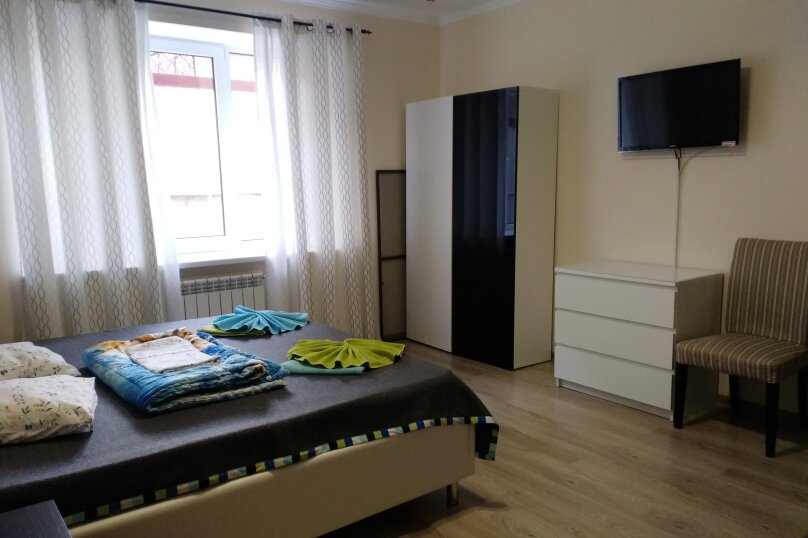 Гостевой дом Лорис, улица Калинина, 22 на 8 комнат - Фотография 29