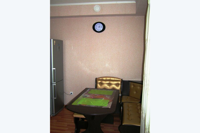 1-комн. квартира, 46 кв.м. на 3 человека, улица Дзержинского, 10, Белгород - Фотография 5