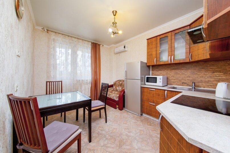 1-комн. квартира, 55 кв.м. на 2 человека, Кубанская набережная, 64, Краснодар - Фотография 2