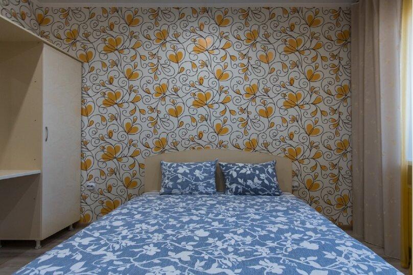 2-комн. квартира, 45 кв.м. на 4 человека, проспект Строителей, 18, Барнаул - Фотография 4