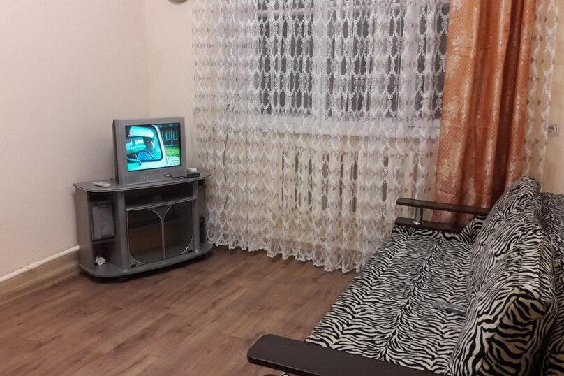 2-комн. квартира, 37 кв.м. на 4 человека, улица Чернышевского, 14, Кисловодск - Фотография 1