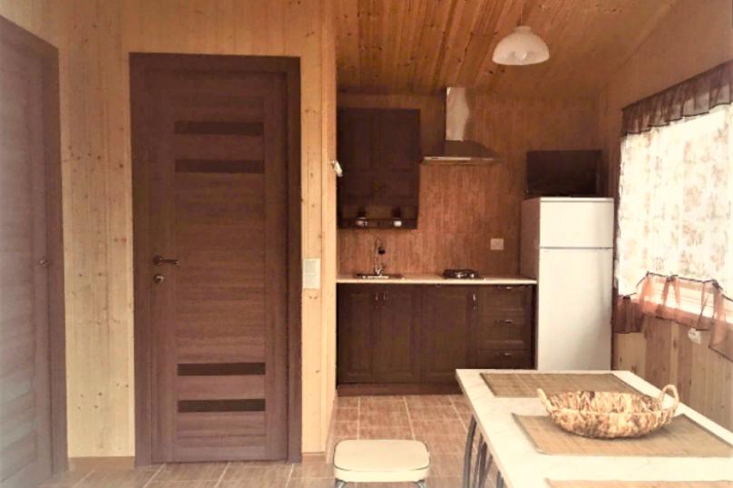 Новый 3-х комнатный гостевой домик, 40 кв.м. на 5 человек, 2 спальни, хутор Шиловка, Морской переулок, 1, Ейск - Фотография 2
