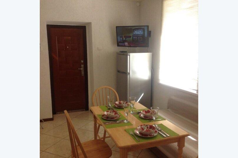 Дом, 100 кв.м. на 5 человек, 2 спальни, Долинный переулок, 7А, Коктебель - Фотография 16