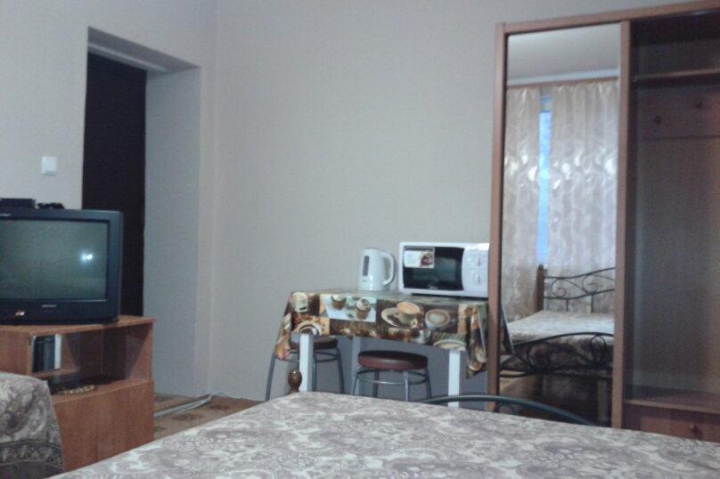 """Гостевой номер в частном доме """"На Седова 18"""", улица Седова, 18 на 1 комнату - Фотография 5"""