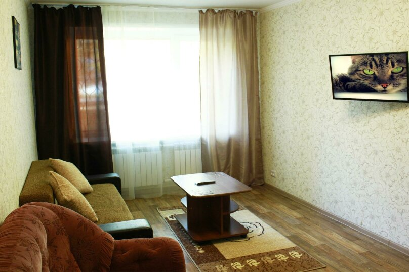2-комн. квартира на 6 человек, улица Ильи Мухачева, 133, Бийск - Фотография 6