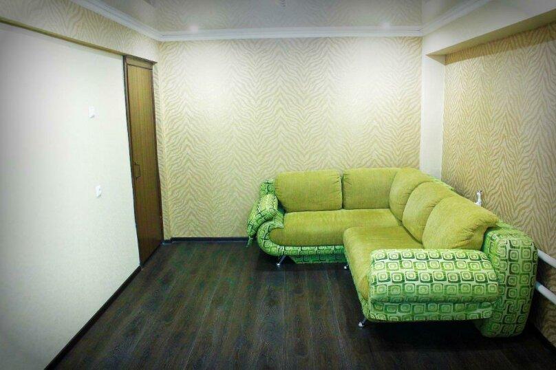1-комн. квартира на 4 человека, улица Петра Мерлина, 20, Бийск - Фотография 3
