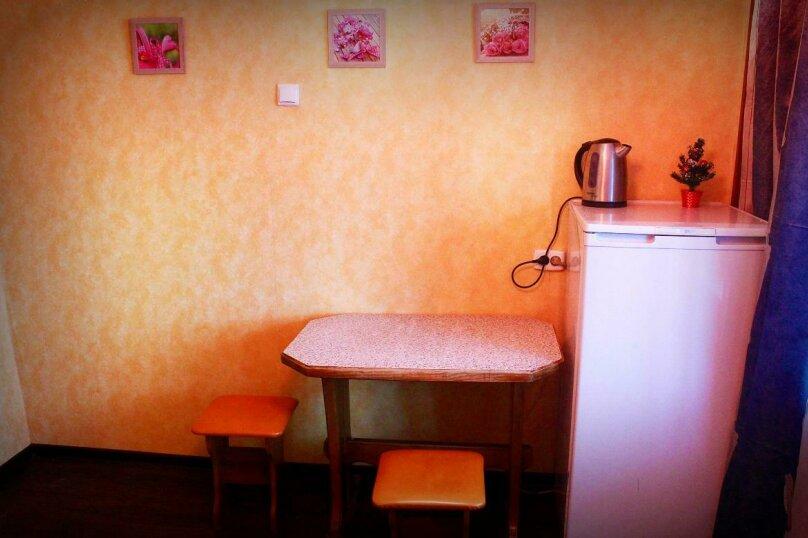 1-комн. квартира на 4 человека, улица Петра Мерлина, 20, Бийск - Фотография 9