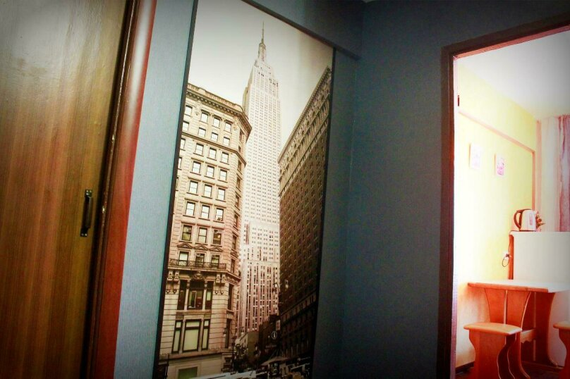 1-комн. квартира на 4 человека, улица Петра Мерлина, 20, Бийск - Фотография 10