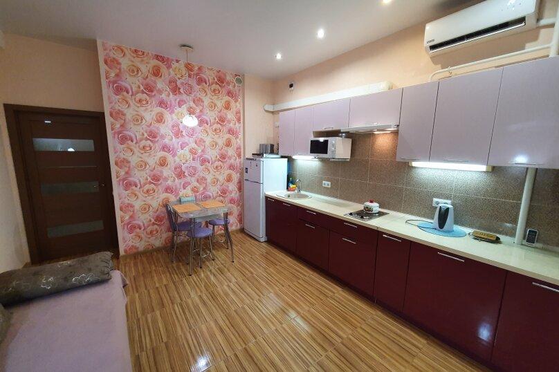 1-комн. квартира, 65 кв.м. на 4 человека, улица Павла Дыбенко, 22, Севастополь - Фотография 11