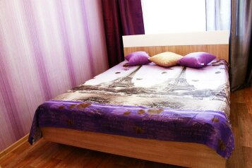 2-комн. квартира на 6 человек, улица Ильи Мухачева, 133, Бийск - Фотография 1