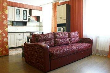 2-комн. квартира на 4 человека, Советская улица, 214, Бийск - Фотография 1