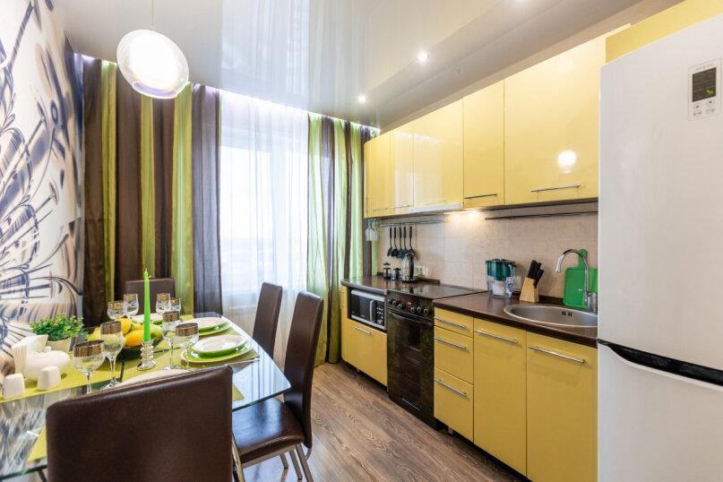 3-комн. квартира, 74 кв.м. на 6 человек, проспект Металлургов, 13А, Красноярск - Фотография 11