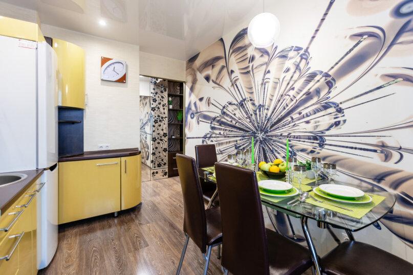 3-комн. квартира, 74 кв.м. на 6 человек, проспект Металлургов, 13А, Красноярск - Фотография 13