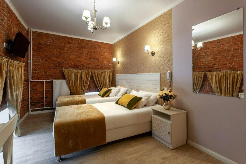 Стандартный двухместный номер с 1 кроватью или 2 отдельными кроватями, проспект Обуховской Обороны, 11, Санкт-Петербург - Фотография 1