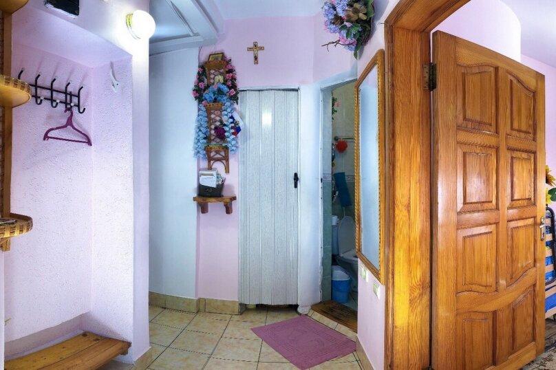 2-комн. квартира, 35 кв.м. на 5 человек, Саранчева, 20, Алушта - Фотография 14