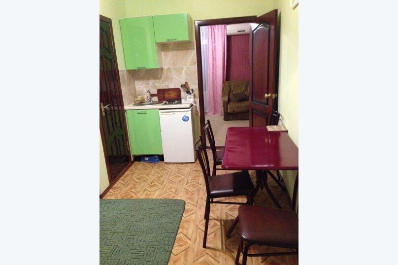 """Гостевой дом """"Александры и Александра"""", Десантников, 7 на 14 комнат - Фотография 63"""