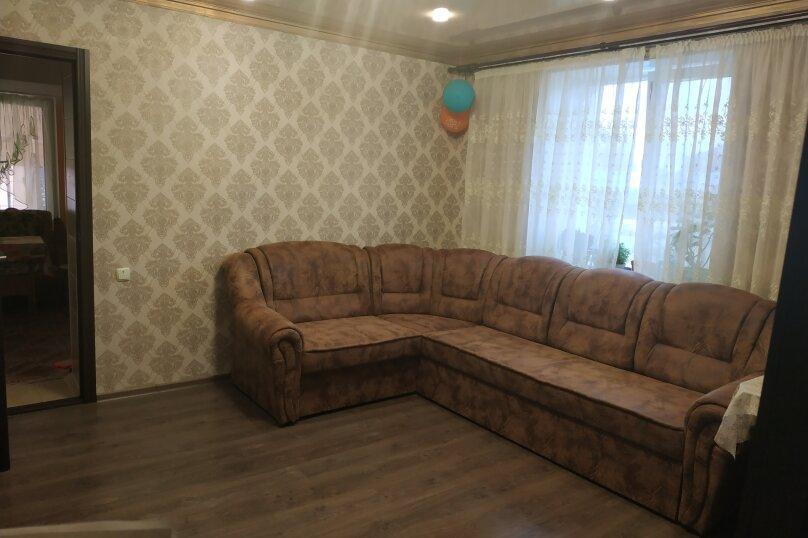 Сдам собственный загородный дом у моря!, 80 кв.м. на 10 человек, 3 спальни, Первомайская улица, 78, Молочное - Фотография 2