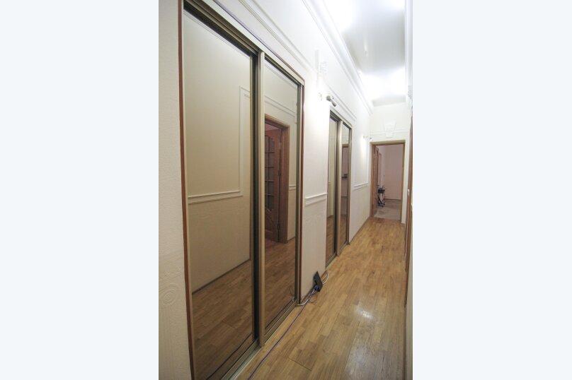 4-комн. квартира, 140 кв.м. на 12 человек, набережная канала Грибоедова, 14, Санкт-Петербург - Фотография 5