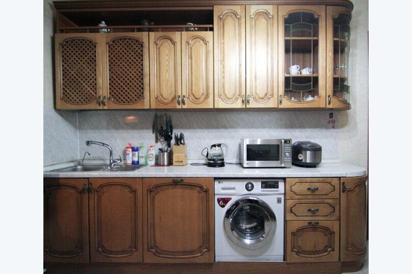 4-комн. квартира, 140 кв.м. на 12 человек, набережная канала Грибоедова, 14, Санкт-Петербург - Фотография 6