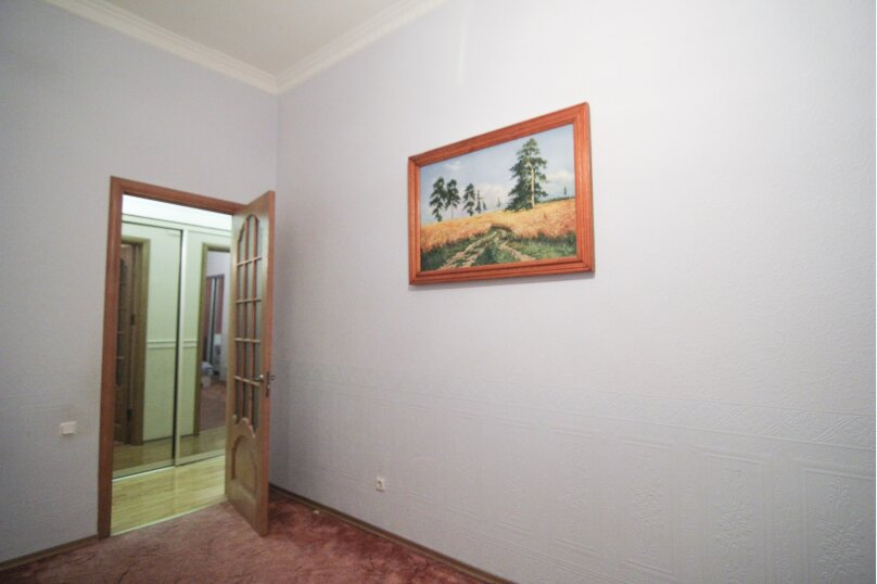 4-комн. квартира, 140 кв.м. на 12 человек, набережная канала Грибоедова, 14, Санкт-Петербург - Фотография 15