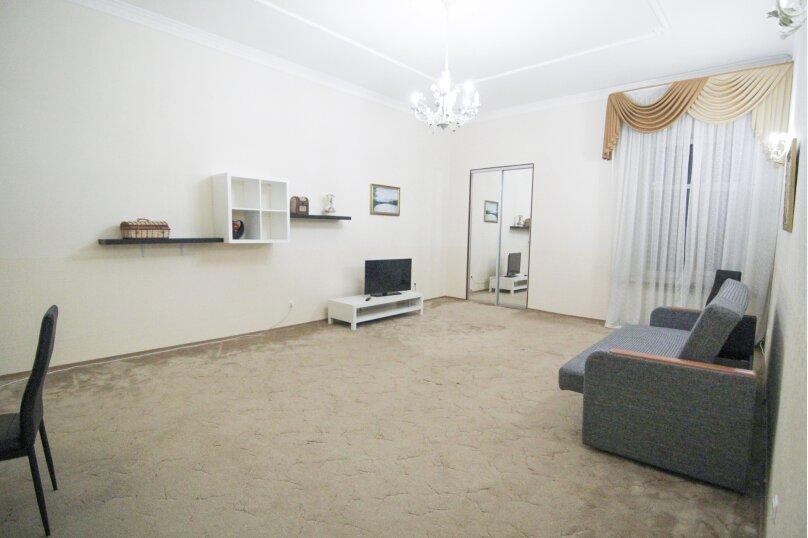 4-комн. квартира, 140 кв.м. на 12 человек, набережная канала Грибоедова, 14, Санкт-Петербург - Фотография 20