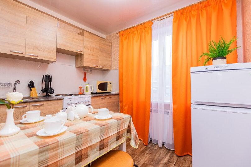 1-комн. квартира, 43 кв.м. на 4 человека, улица Бахилова, 4, Сургут - Фотография 12