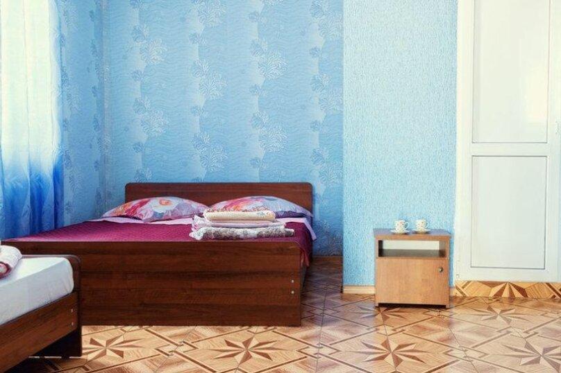 стандартный четырех местный номер, улица Богдана Хмельницкого, 55/1, Адлер - Фотография 4
